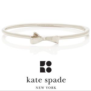 Kate Spade Love Notes Bow Bangle with Clasp Silver
